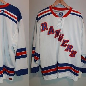 CCM New York Rangers Hockey Jersey HW4456 95c8012a6